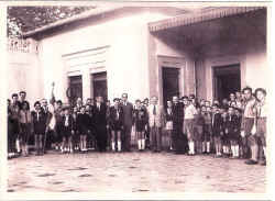 SCOUTS GARE CONST. 1955.JPG (190471 octets)